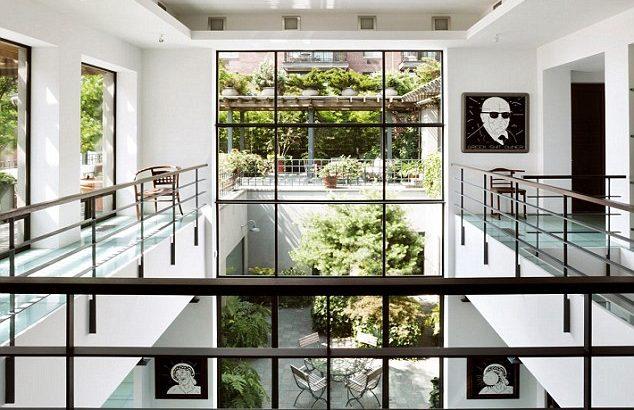 Interior Rumah Frank Lampard